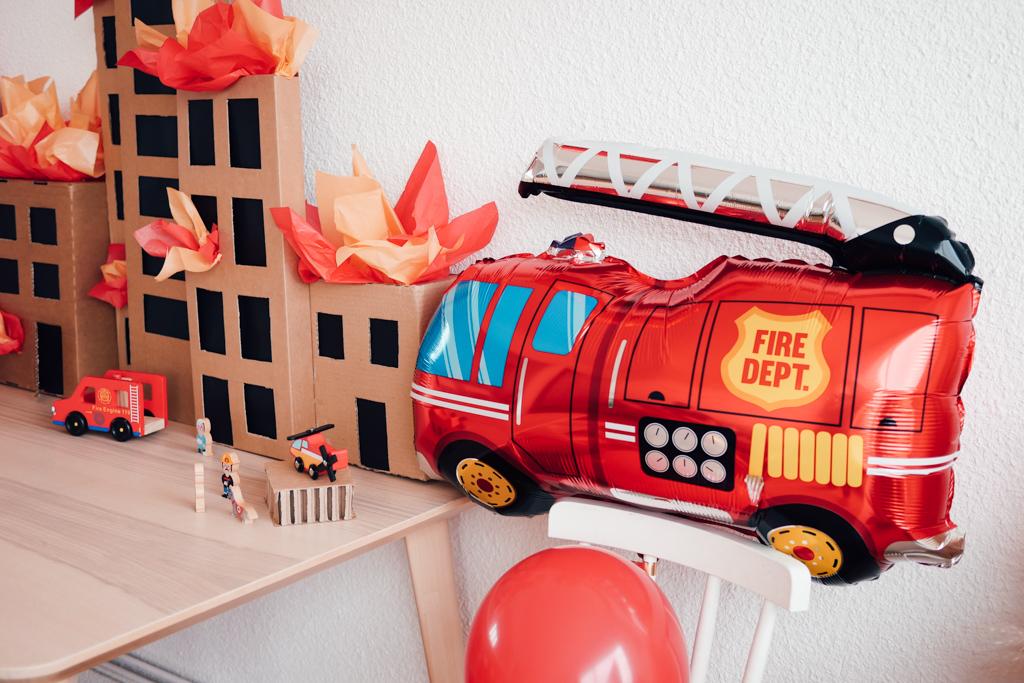 Anniversaire,Thème pompiers,Décoration,Carton